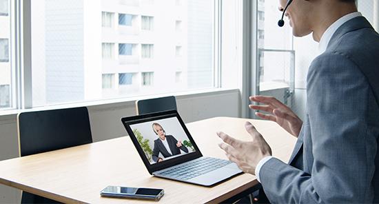 個別ブースでオフィス内の会話による情報漏洩を防ぐ